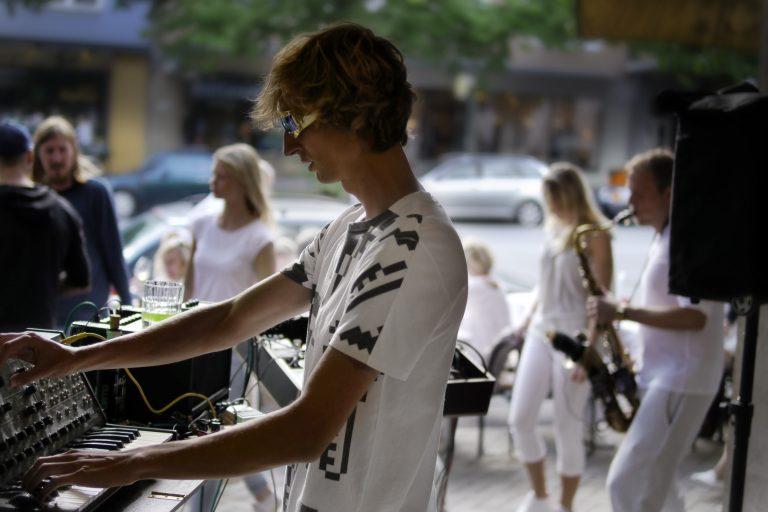 Mimikotos Fusion von Jazz und electronischer Musik bei der White Night Kiel